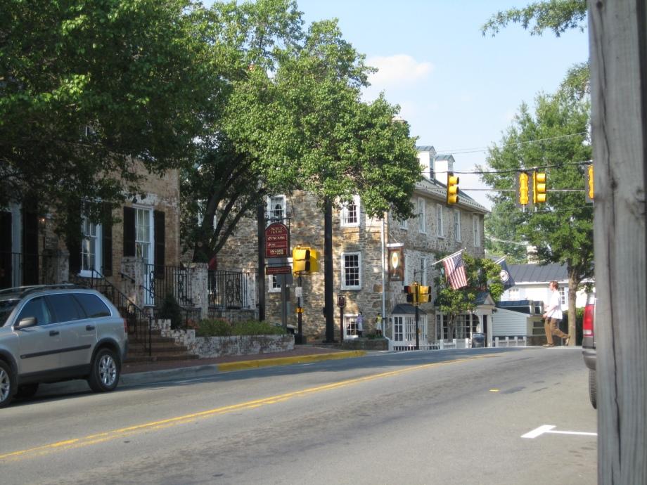 Middleburg VA Main Street