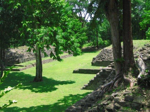 Ruins at Lubaantun