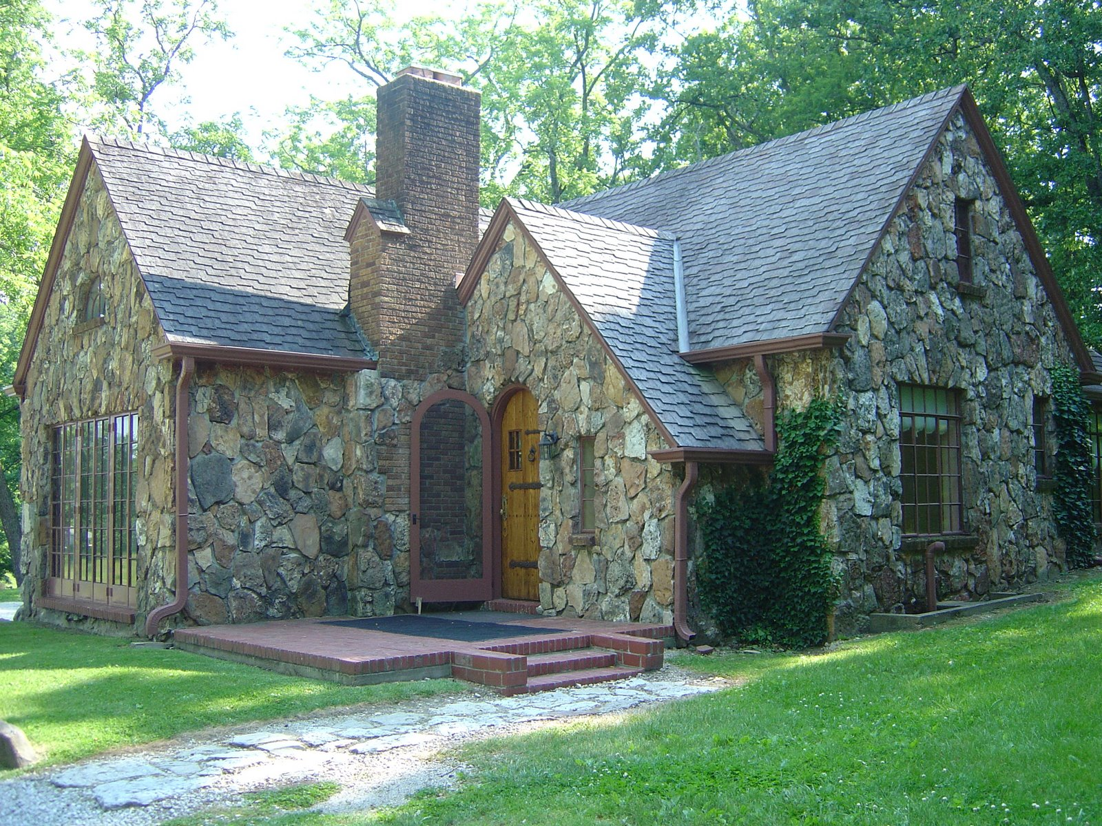 The Rock House on Rocky Ridge Farm.