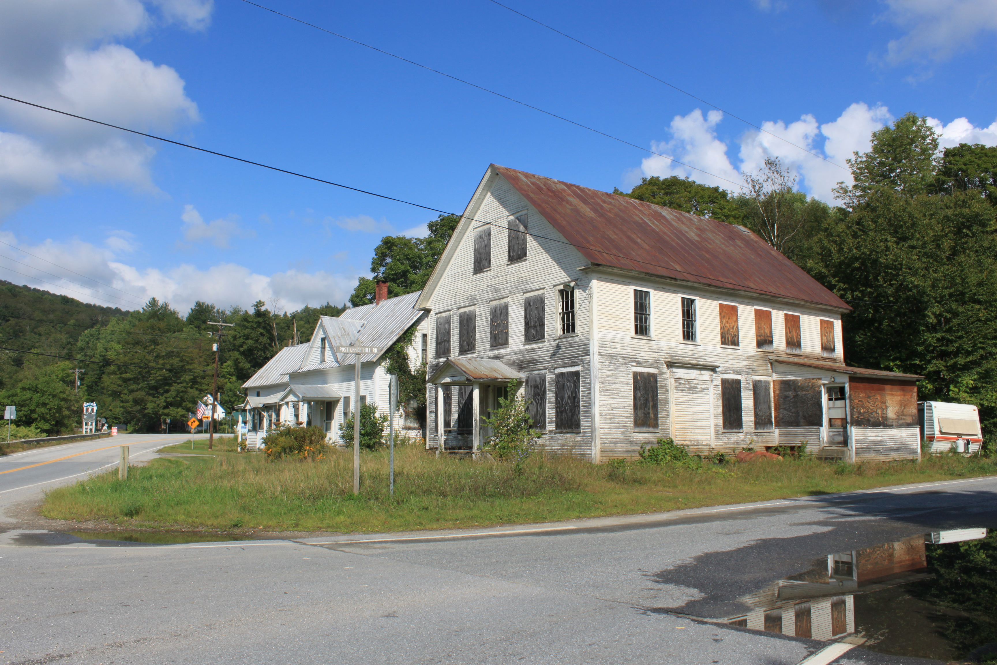 Abandoned vermont granville inn preservation in pink for Granville home of hope