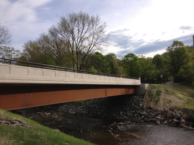 Side view of the bridge girder and railing.