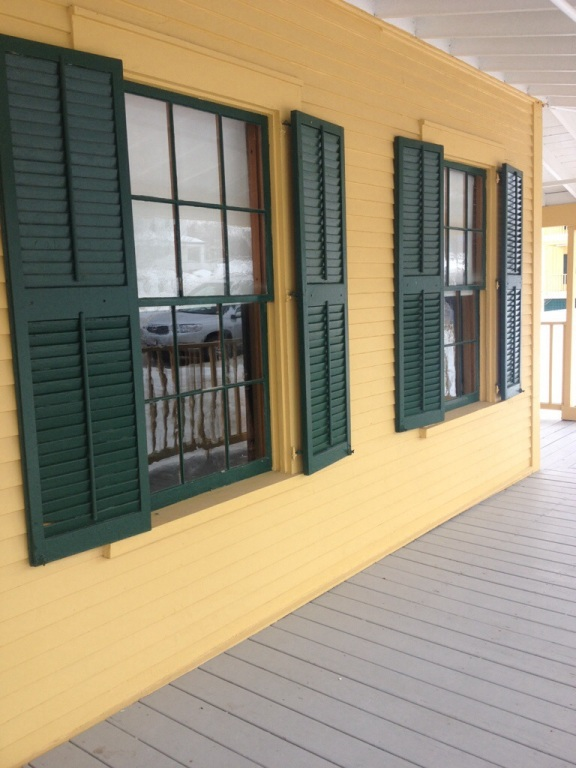 Real shutters, original winows, and well maintained buildings are highlights of this campus.