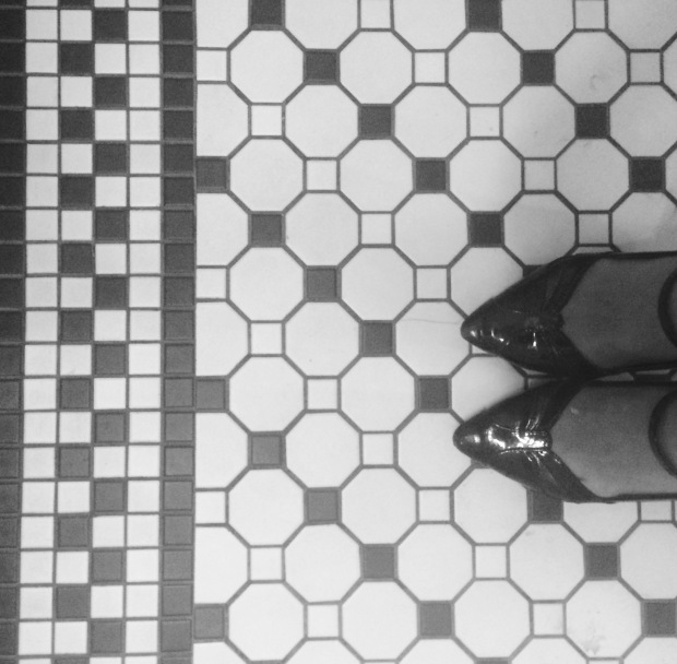 #ihavethisthingwithfloors = one of the best internet trends lately.