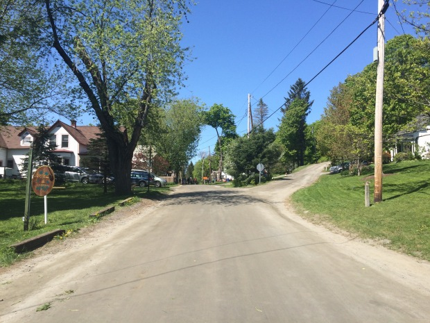 Dirt roads through the center of Brookfield.
