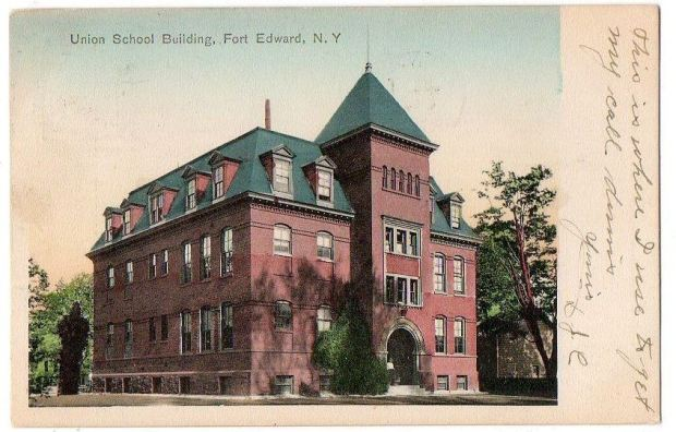 Union School Building in Fort Edward, NY. Early 20th century. Click for source.