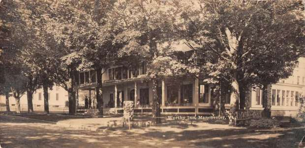 manchester-vermont-worthy-inn-exterior-real-photo-antique