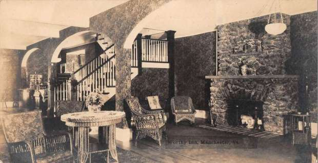 manchester-vermont-worthy-inn-lobby-real-photo-antique
