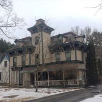 Italianate brackets, a tower, and a mansard roof for this #mansardmonday. #presinpink
